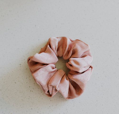 Blush Ribbed Schrunchie