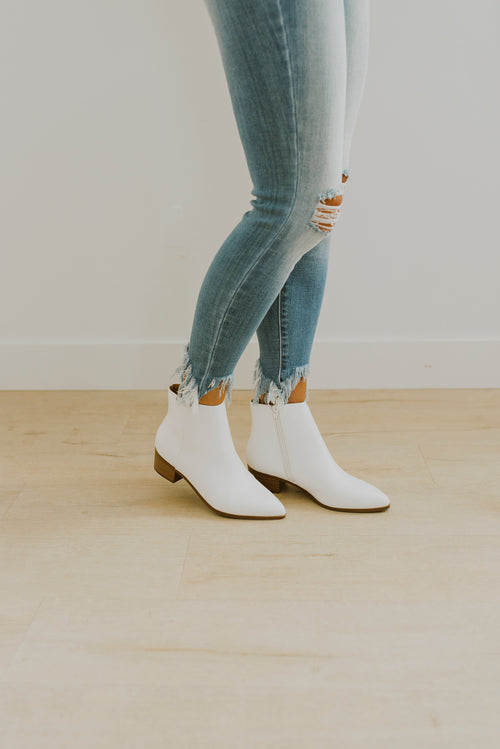 white ankle boots, shoes, fall outfits, outfit ideas, outfits, boots, white boots, white ankle boots, PU leather boots, trendy outfits, teenager outfits, white demi boots, white booties, white boots, white boots outfit, outfits, modest fashion, white ankle boots low heel, fall outfits 2020, 2020 fall fashion trends, fall 2020 fashion trends, 2020 fall fashion, fall fashion outfits, womens fall fashion 2020 trends, women's ankle boots, white ankle boots,