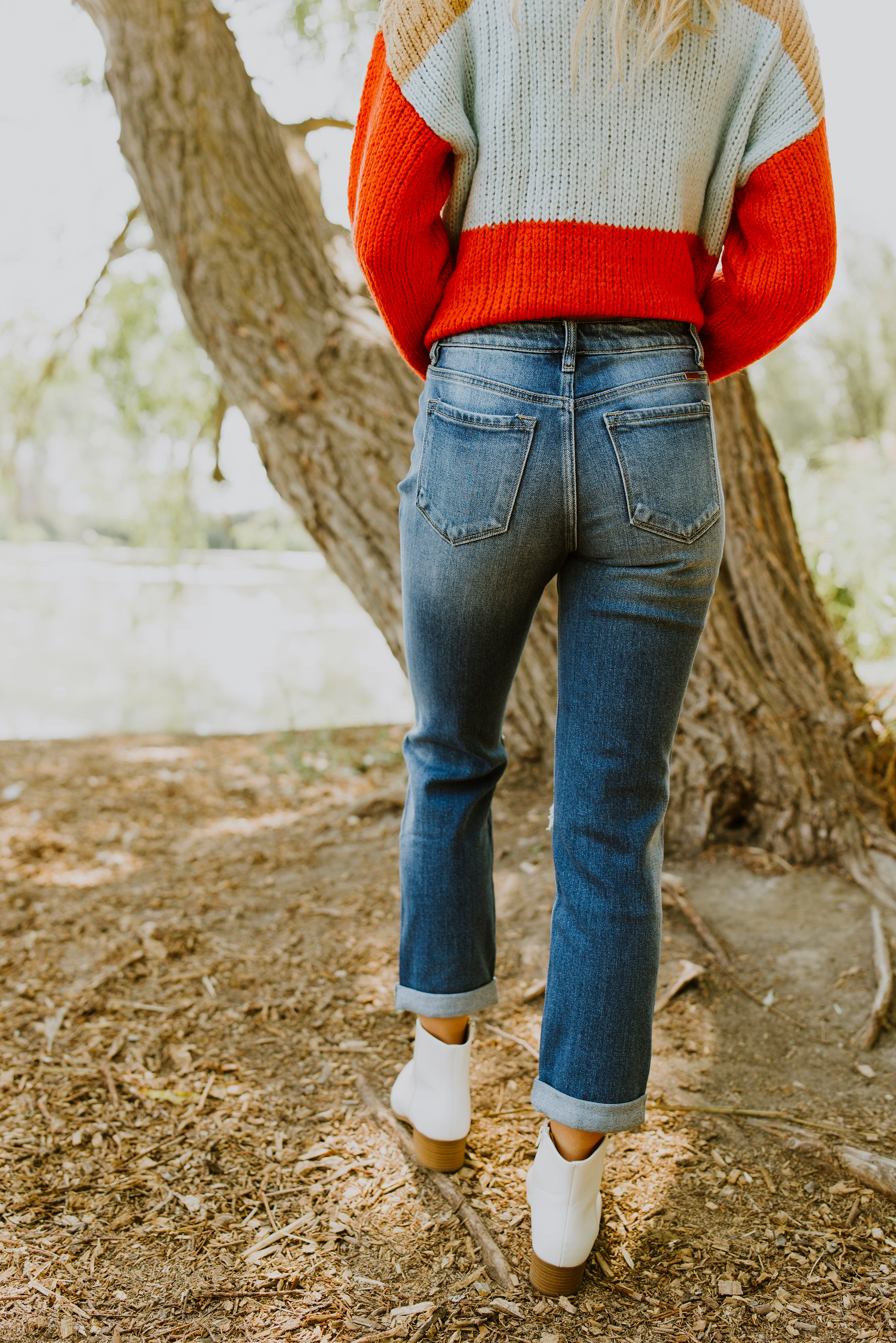 boutique, fall outfits, outfit ideas, cute fall outfits, mom jeans, ripped jeans outfit, boyfriend jeans, boyfriend jeans outfit fall, ripped mom jeans, women's jeans, women's denim, women's boyfriend jeans, cuffed boyfriend jeans, fall outfits 2020, cuffed mom jeans, ripped jeans, fall 2020 fashion trends, sweater and jeans outfit, boyfriend jeans, cuffed jeans, women's modest clothing, modest fashion, online boutique, online shop, Shop Blush Lane