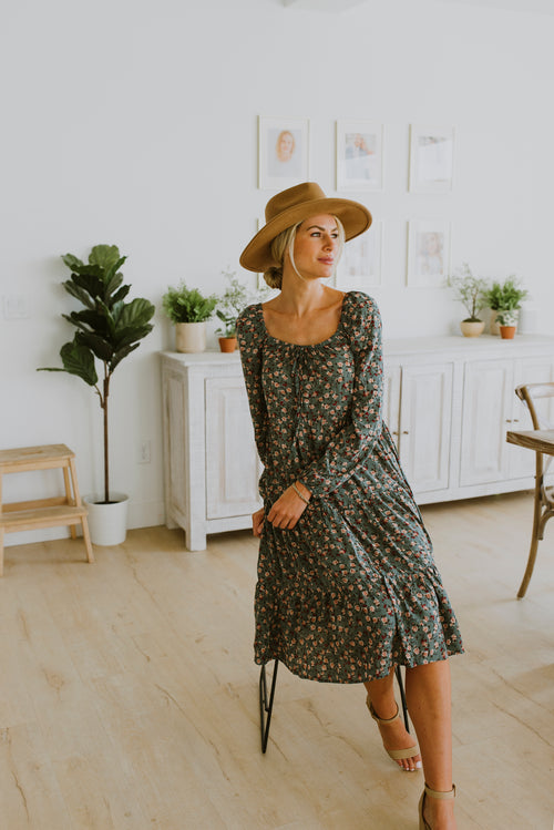 boho style midi dress floral with sleeves