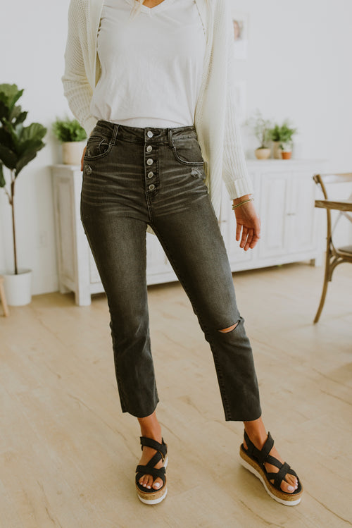 fall outfits button fly mom jeans black