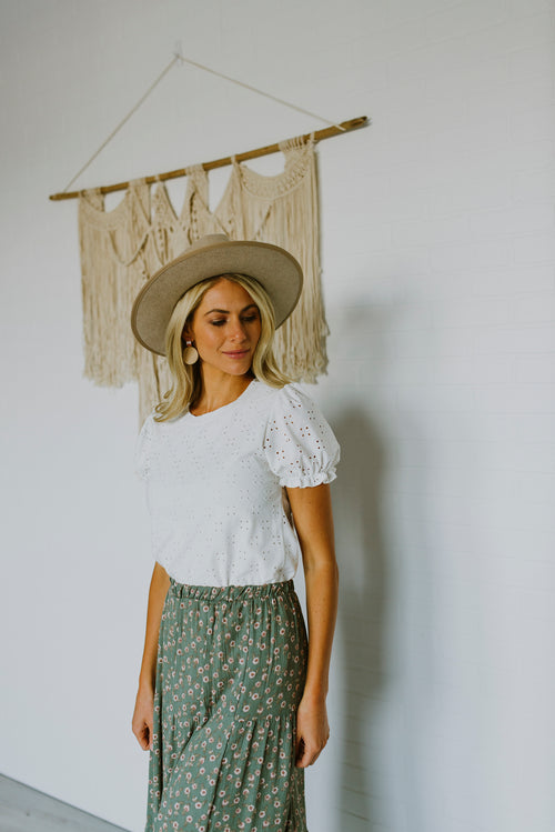 Blush Lane Boutique, boutique, fall outfits, outfit ideas, tops, white top outfit, white top, eyelet puff sleeve top, white eyelet top, fall outfits 2020, cute fall outfits, women's modest clothing, modest tops, white modest top, white puff sleeve top, fall family photos, puff sleeve top white, modest fashion, modest clothing, fall 2020, family photo outfits