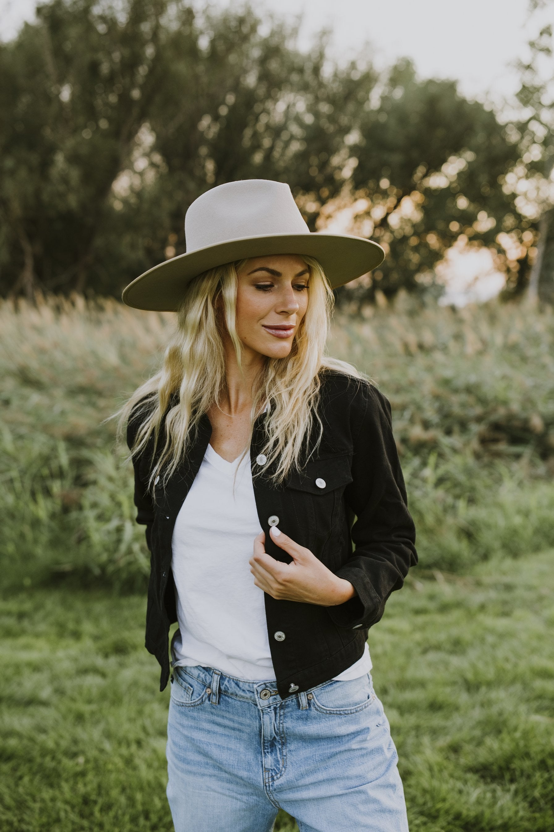 boutique, fall outfits, outfit ideas, fedora hat, fedora, fedora hat, fedora hat women, taupe fedora, wide brim fedora, fall outfits, women's fedora, light brown fedora, hats, family photo outfits, boutique hats, cute hats, womens fedora hat outfit, fall 2020, outfits, casual outfits, fedora outfit, wide brim fedora light brown, fall 2020 fashion trends, wide brim fedora taupe, outfit inspirations, cute fedora hat, outfits fall 2020, cute fall outfits, winter fedora hat outfit, how to wear a fedora casually