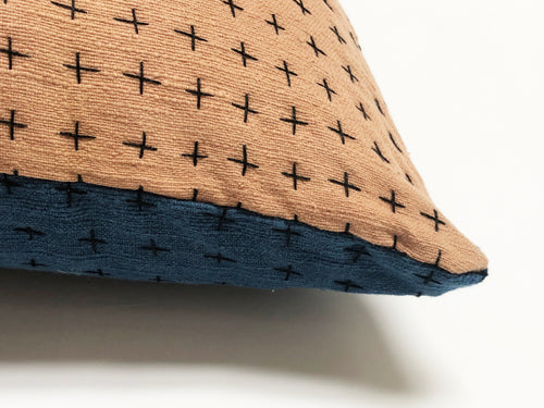 Reversible Pillow Indigo & Himalayan 18x18in