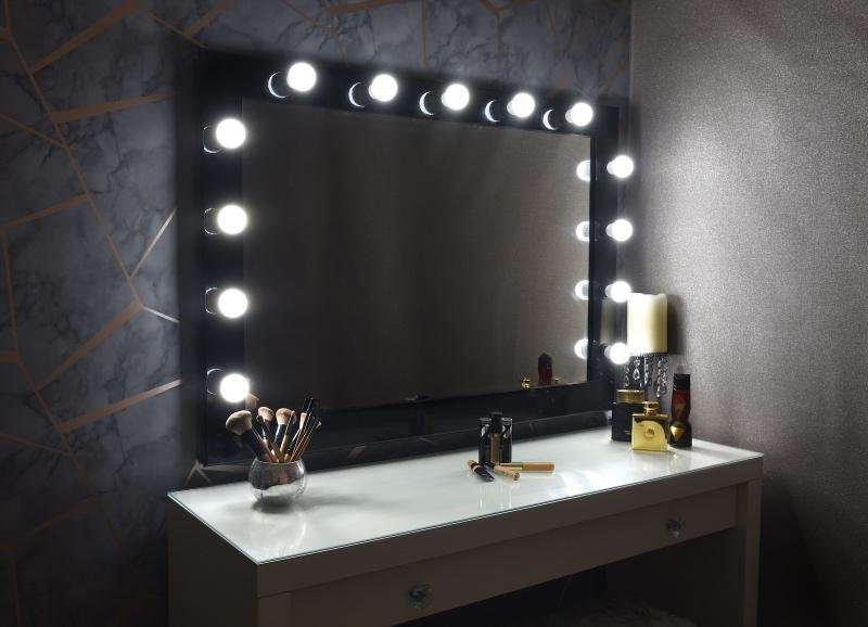 Useful Tips to Find Illuminated Makeup Mirror
