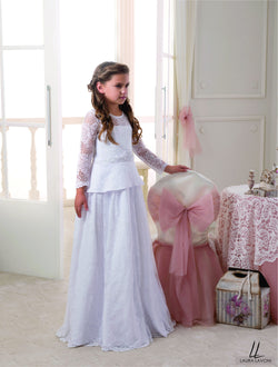 ALLURING LACE FULL SLEEVES FLOOR LENGHT GIRLS DRESS FOR WEDDINGS