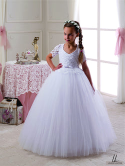 AMAZING LACE HALF SLEEVES FLOOR LENGHT GIRLS DRESS FOR WEDDINGS