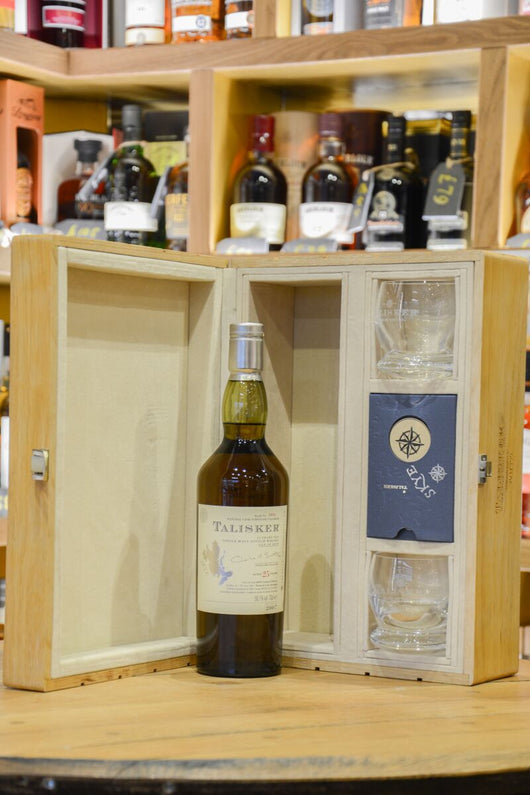 Talisker 25 Year Old 2007 Release - Oak Gift Set With Glasses
