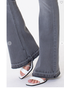 Kan Can mid-rise flare jean