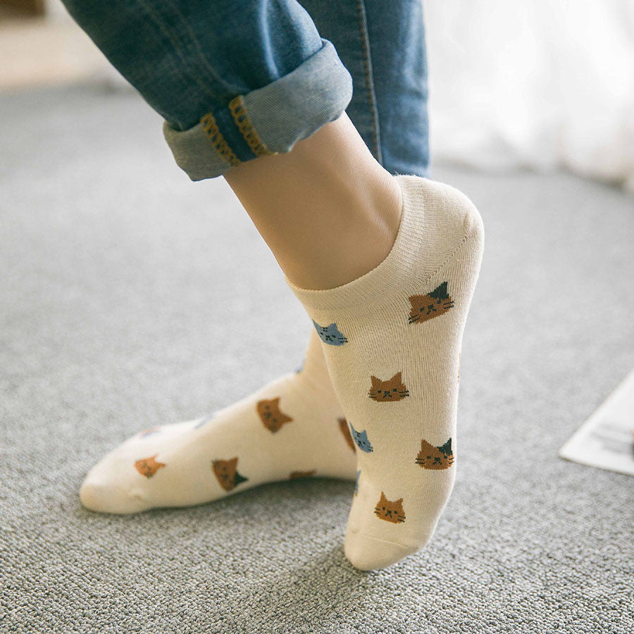 New cartoon cute cat face for women's cotton socks short tube spring and summer