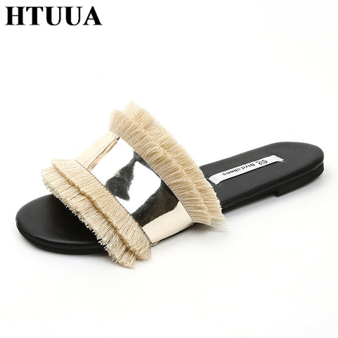 HTUUA Cozy Shoes Women Slippers Fashion Metal Bling Slides Fur Fringe Flip Flops Summer Flat Slides Outside Ladies Shoes SX1207