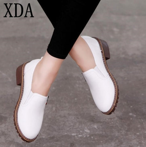 XDA 2018 new style Women Flat Shoes Round Toe Oxford Shoes Woman PU Women  bullock Shoes ed9d7d307533