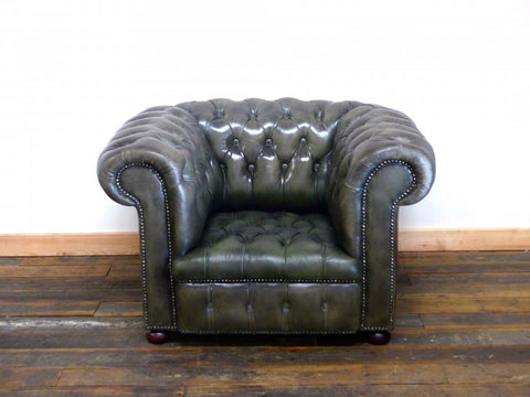 stunning chesterfield sofa