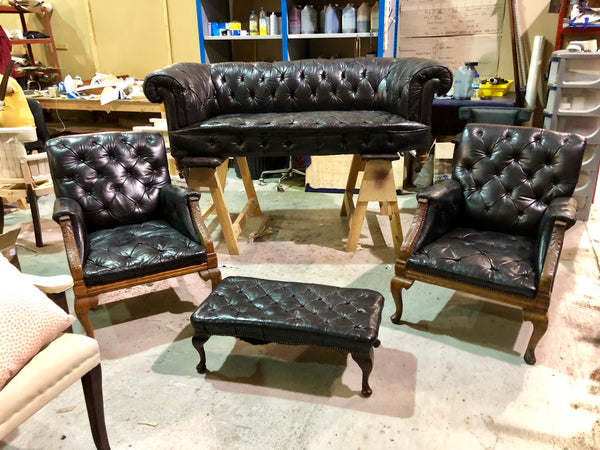 Very Regal - Antique 19thC Chesterfield Suite In Black
