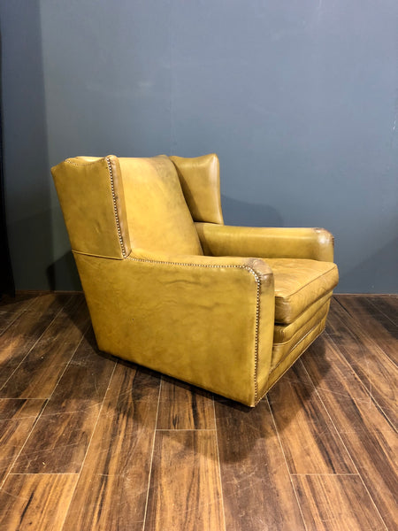 Amazingly Cool & Comfortable Vintage Leather chair