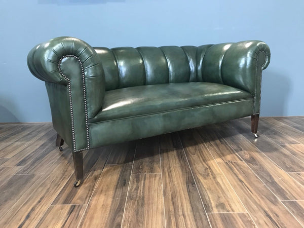 BANK OF ENGLAND CHESTERFIELD SOFA : BANK OF ENGLAND GREEN