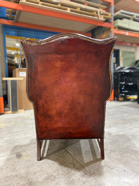 A Beautiful Early 20thC Gentleman's Wing chair in Horse Chestnut