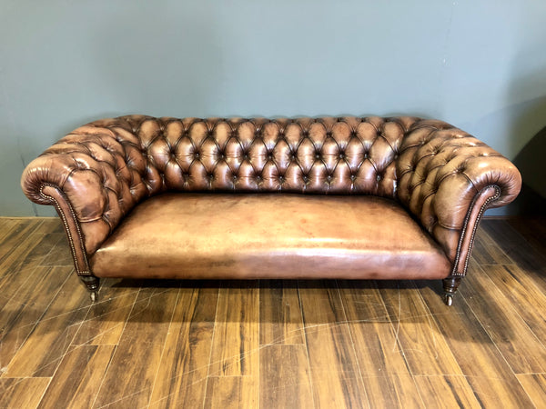 Very Good 19thC Chesterfield in Hand Dyed Leathers