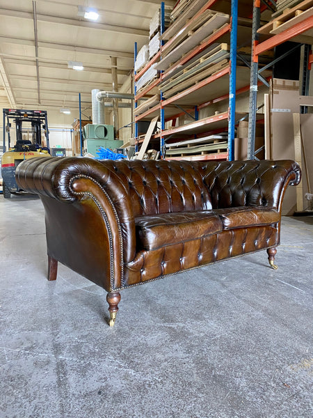 A Very Elegant 2 Seat Vintage Leather Chesterfield Sofa