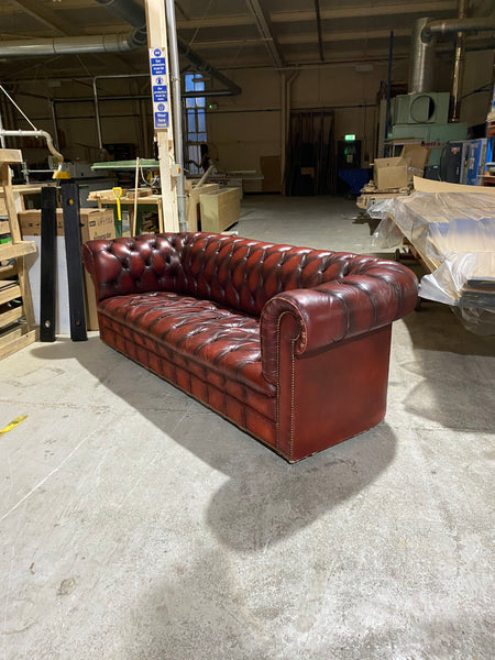 A Very Good MidC Chesterfield in Wine Reds