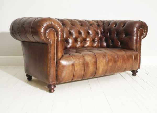 THE MILENA : RICH BROWN CHESTERFIELD SOFA