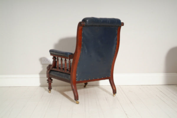 Chesterfield chair from behind