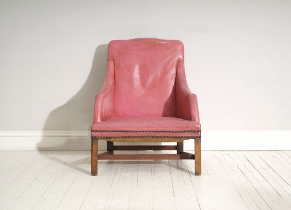 Front view of Pink 18th Century Chair