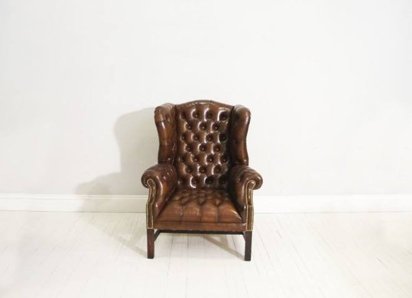 THE CHELSEA WING BACK CHAIR : RICH BROWN