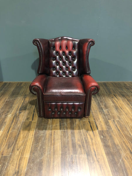 A Great Leather Chesterfield Recliner Chair