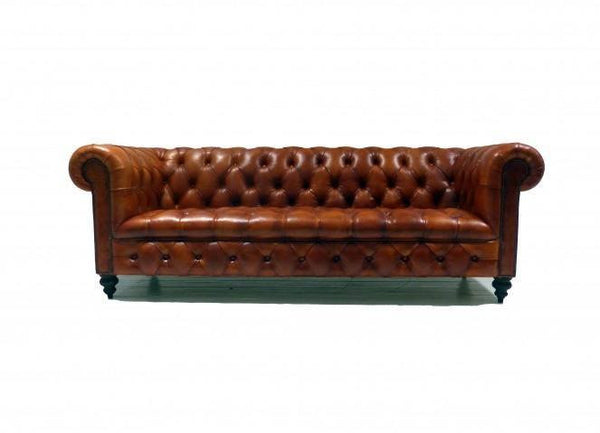THE WILMINGTON CHESTERFIELD SOFA: RICH TAN