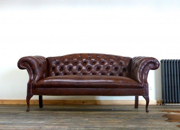 ROCKINGHAM CHIPPENDALE SOFA: LIGHT CHESTNUT