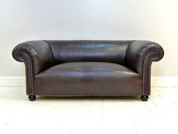 THE GODERICH UNBUTTONED SOFA : WALNUT