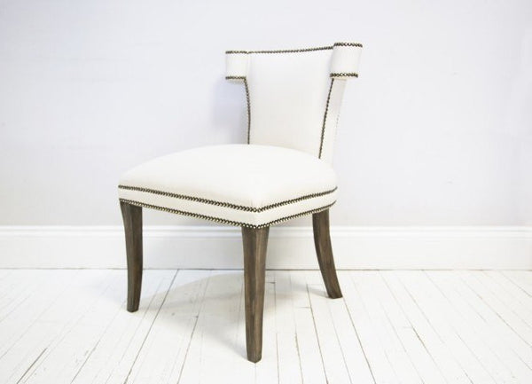 THE WELLINGTON CHAIR