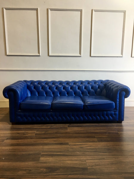 "A real ""POP"" of Colour!  Royal Blue Leather Chesterfield Sofa"