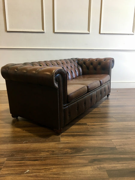 A Very Good Vintage Leather Sofa in Rich Browns