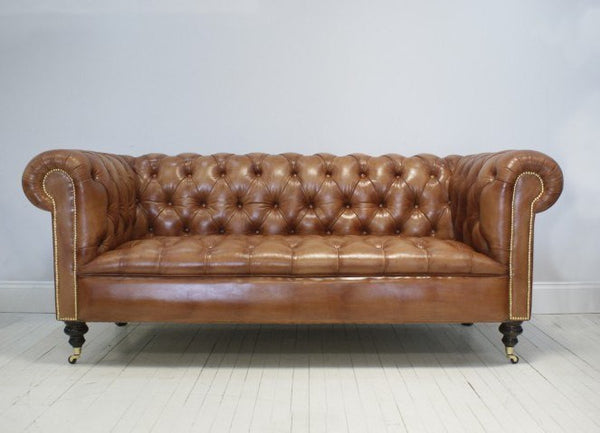 THE WILMINGTON SOFA: LIGHT TAN