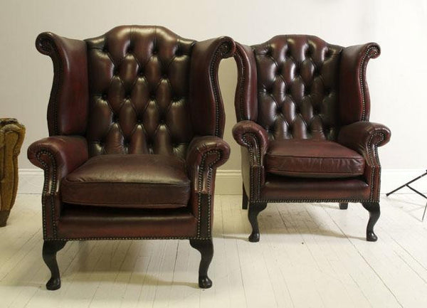 LOVELY PAIR OF RED WINE QUEEN ANNE CHAIRS