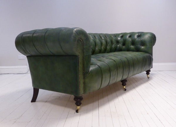 MILENA CHESTERFIELD SOFA : COUNTRY GREEN