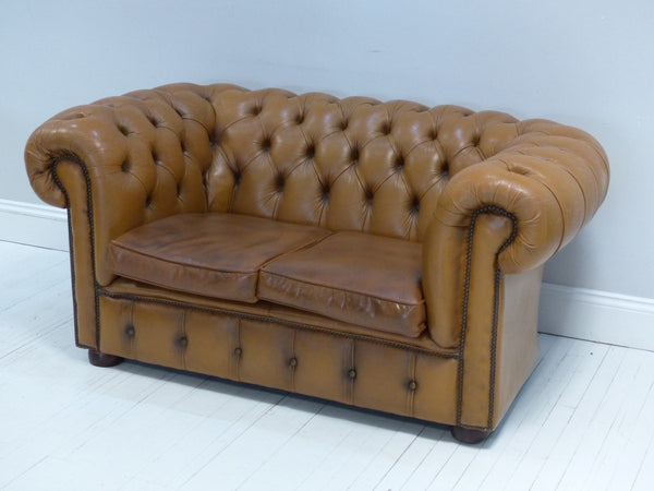 TWO SEAT CHESTERFIELD IN TAN