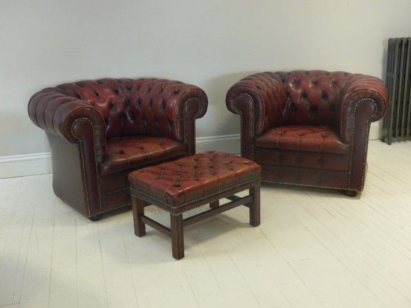 PAIR OF CHESTERFIELD CLUBS
