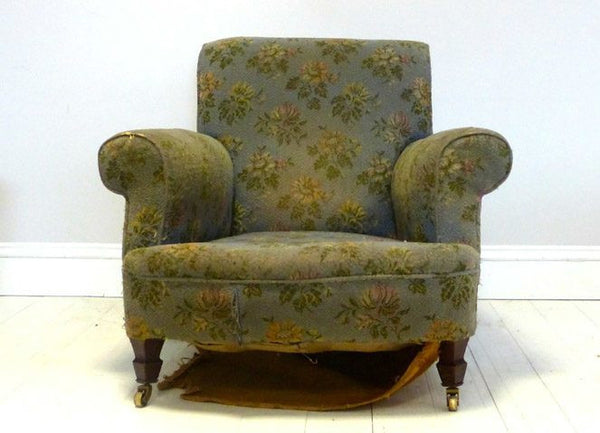 19TH CENTURY HOWARD AND SONS CHAIR TO BE RESTORED