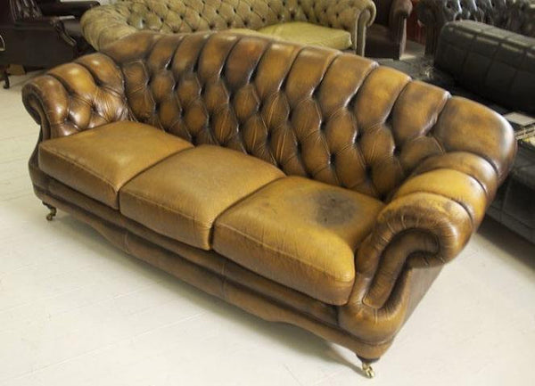 LEATHER CHESTERFIELD SOFA WITH ARCHED BACK IN SADDLE TAN