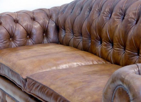 THE CAMBRIDGE CHESTERFIELD SOFA