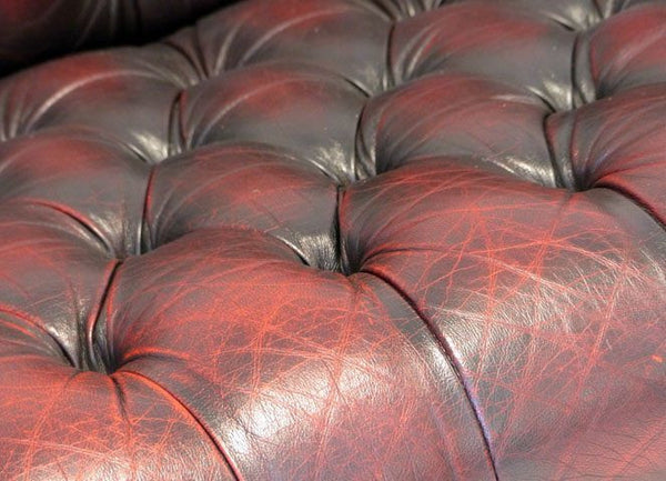 LOVELY VINTAGE OXBLOOD CHESTERFIELD SUITE