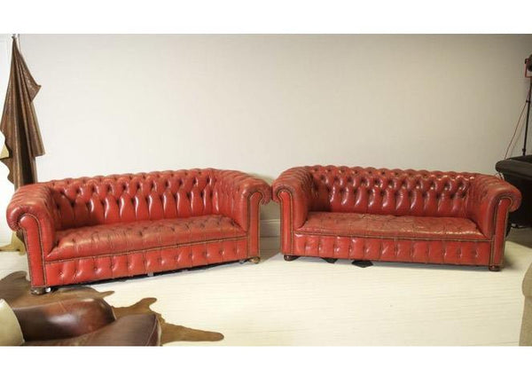 EXCELLENT MATCHING PAIR OF RED VINTAGE LEATHER CHESTERFIELD SOFAS