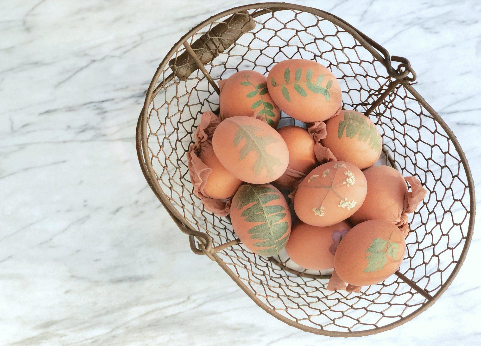 Naturally Dyed Easter Eggs DIY