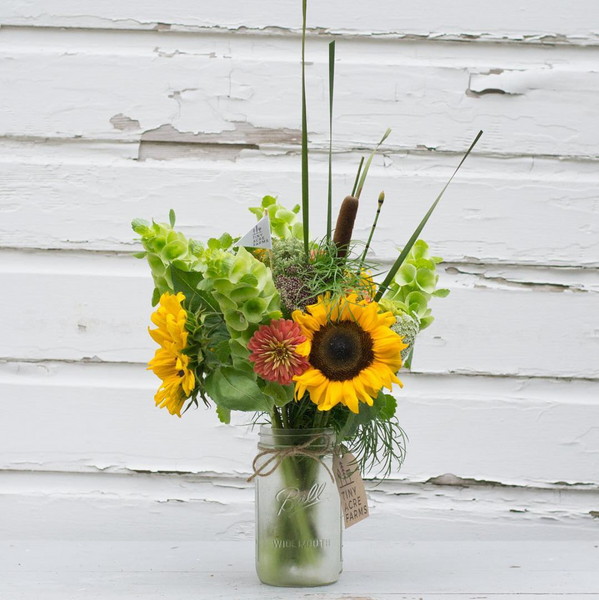 sunflower, summer, flower farmer, farmer, iowa, small business, mason jar, farmhouse, style, decor, home, yellow, fresh, colorful, women's fashion, beekeeper, flowers, floral, shiplap