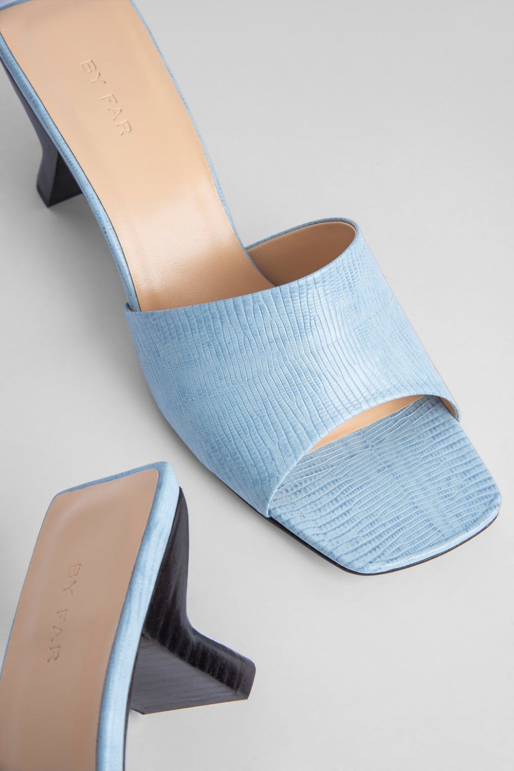 Lily Sky Blue Lizard Embossed Leather