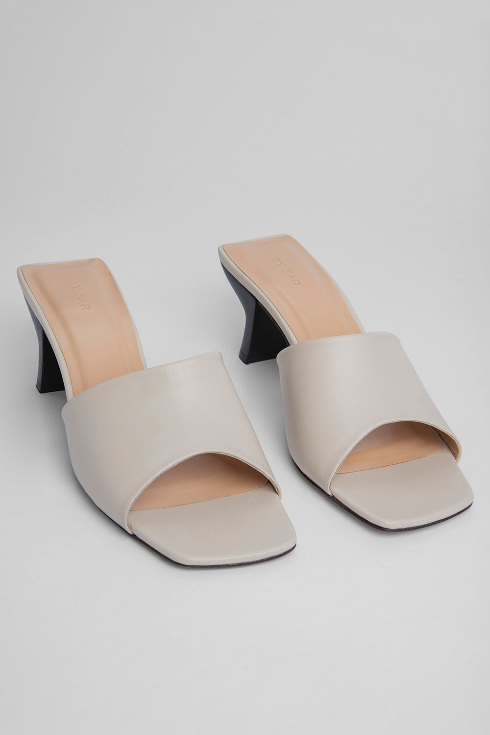 Lily OFF-White Leather