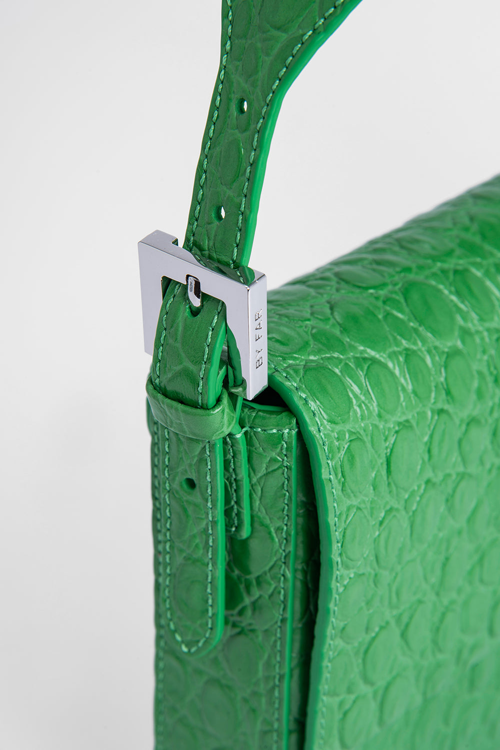 Manu Emerald Circular Croco Embossed Leather